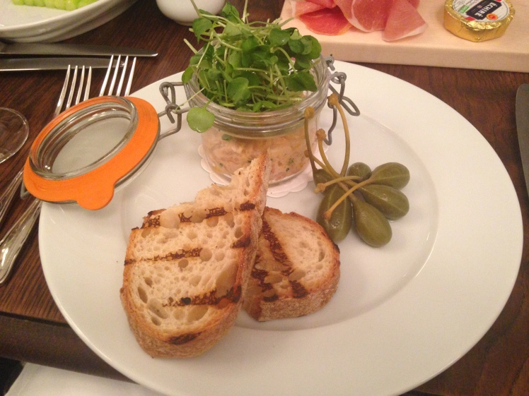 Fresh and smoked salmon rillettes