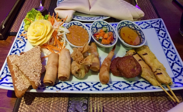 mixed platter The old siam