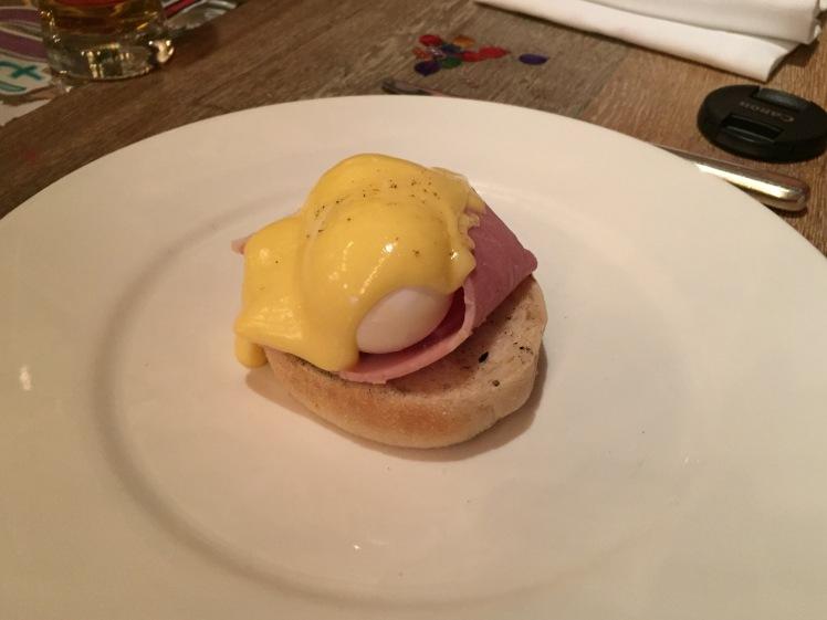 New Street Grill eggs benedict
