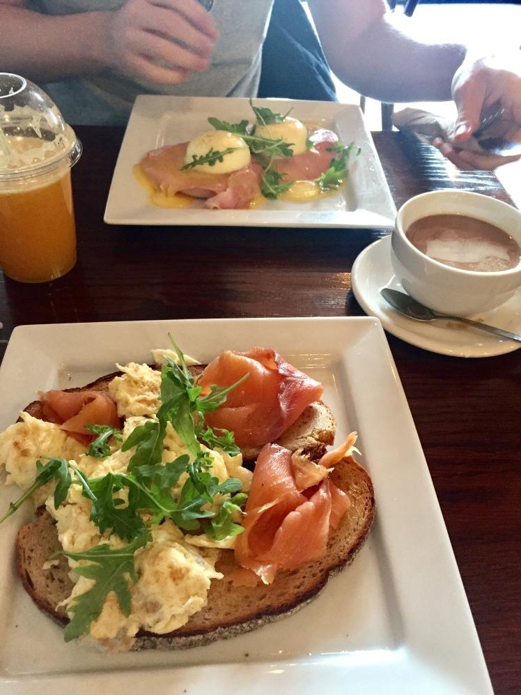 sawmill stratford breakfast