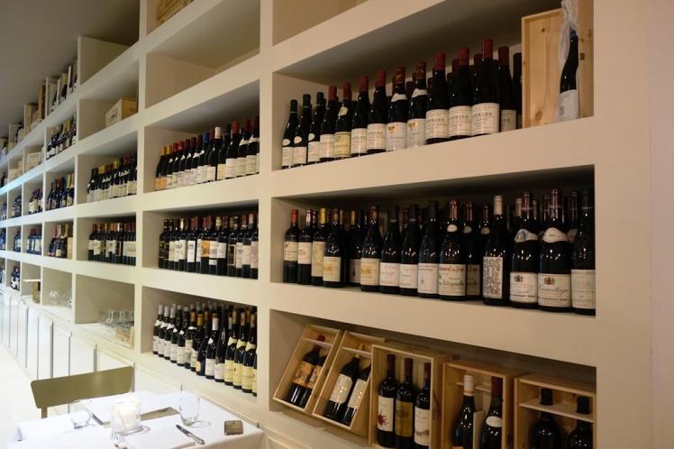 Satyrio wine shop